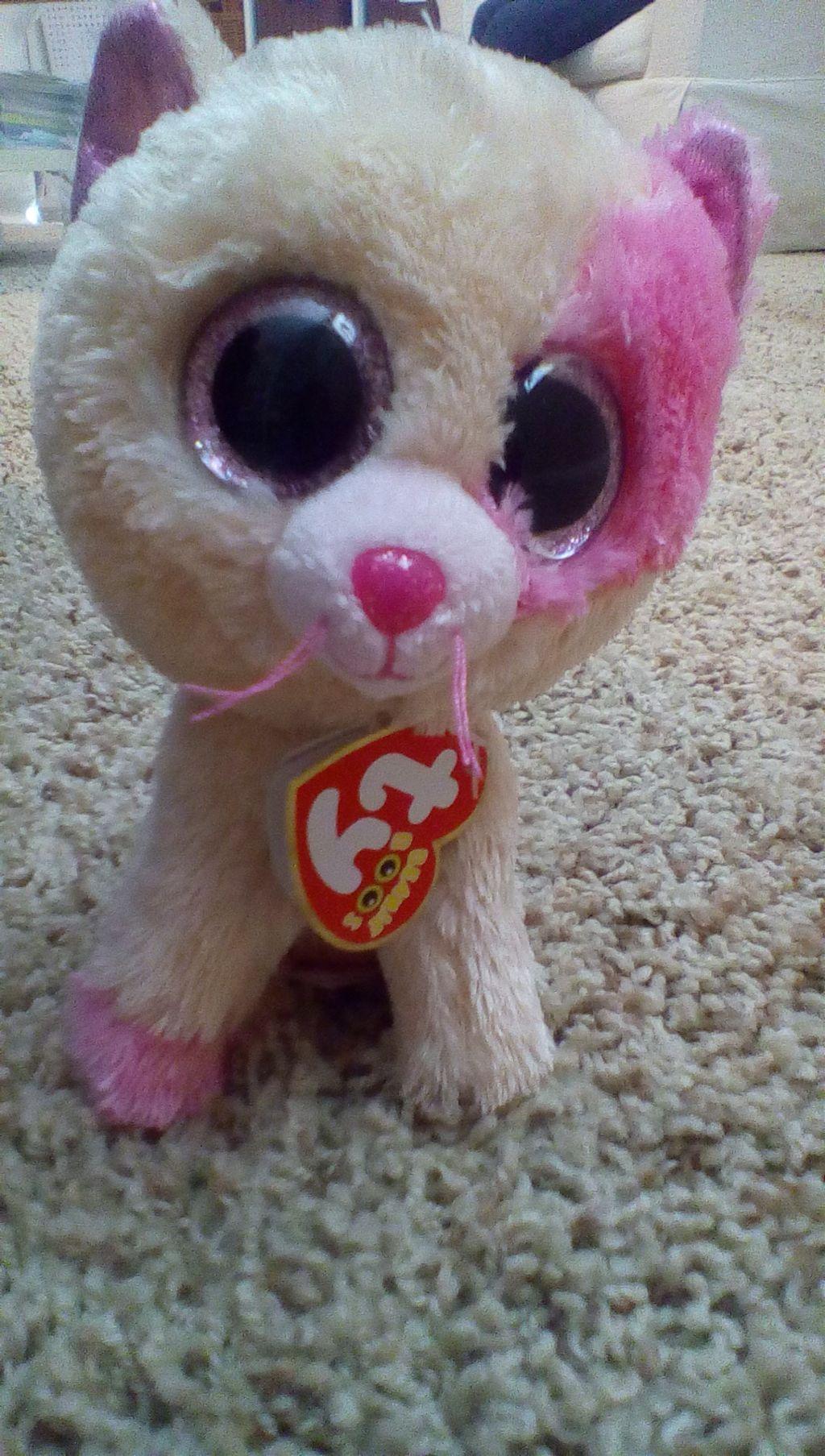 I got annabelle beanie boo stuffedanimal cute cat pink... 9db5deb16aa